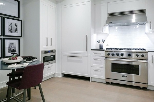 2 Bedrooms, Upper West Side Rental in NYC for $12,128 - Photo 2