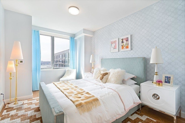 2 Bedrooms, Hell's Kitchen Rental in NYC for $5,241 - Photo 2