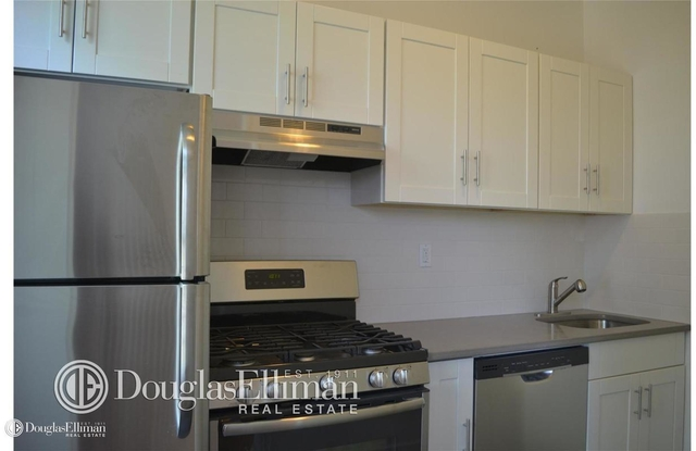 2 Bedrooms, Carroll Gardens Rental in NYC for $3,650 - Photo 1