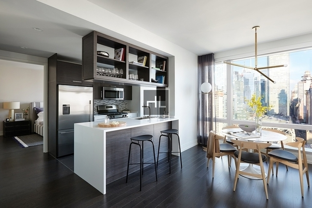 2 Bedrooms, Hell's Kitchen Rental in NYC for $6,496 - Photo 1
