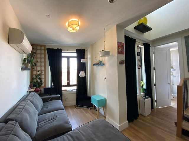 2 Bedrooms, Greenpoint Rental in NYC for $4,199 - Photo 2