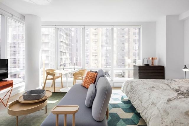 Studio, Chelsea Rental in NYC for $4,200 - Photo 2