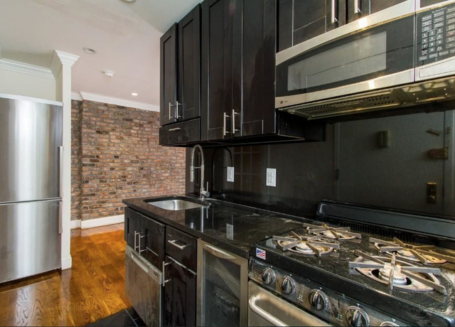 3 Bedrooms, Little Italy Rental in NYC for $2,795 - Photo 1