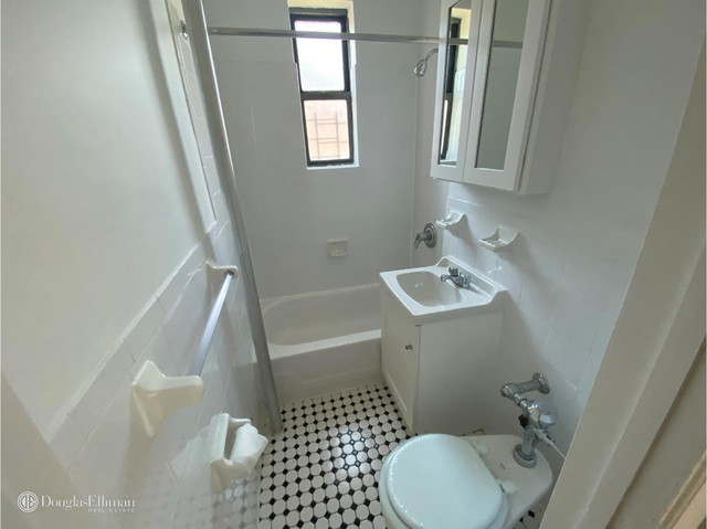 1 Bedroom, Sunnyside Rental in NYC for $1,690 - Photo 1