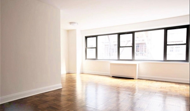 Studio, Sutton Place Rental in NYC for $2,765 - Photo 2