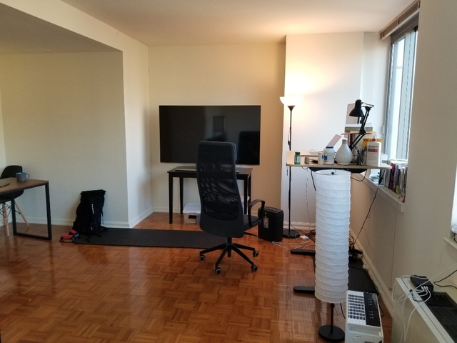 Studio, Hell's Kitchen Rental in NYC for $3,137 - Photo 2