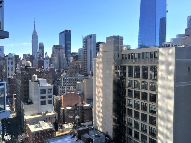 2 Bedrooms, Hell's Kitchen Rental in NYC for $5,335 - Photo 2