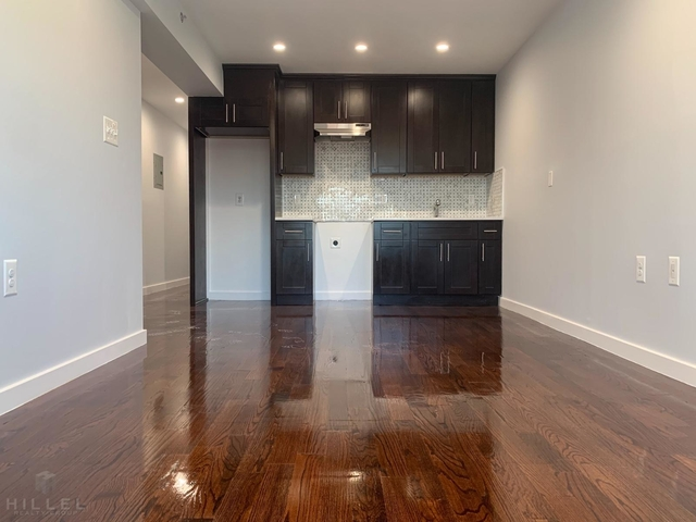 3 Bedrooms, Astoria Heights Rental in NYC for $3,250 - Photo 1