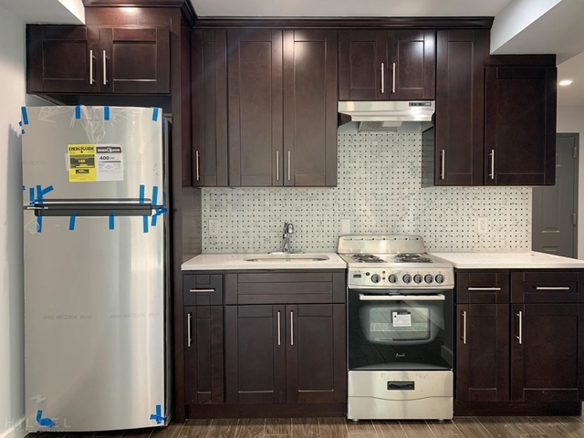 3 Bedrooms, Astoria Heights Rental in NYC for $3,250 - Photo 2