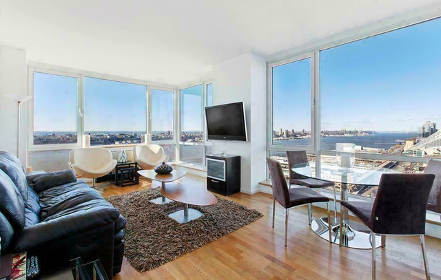 3 Bedrooms, Hell's Kitchen Rental in NYC for $5,785 - Photo 1
