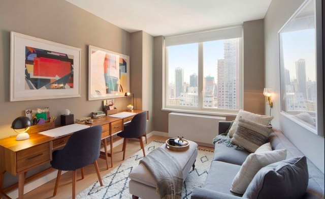 3 Bedrooms, Hell's Kitchen Rental in NYC for $7,724 - Photo 1