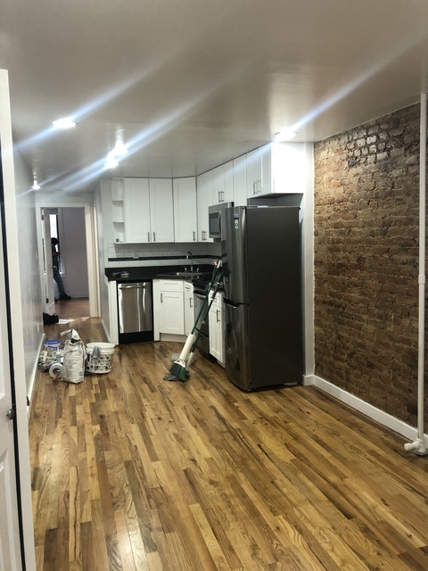 2 Bedrooms, East Village Rental in NYC for $3,600 - Photo 2