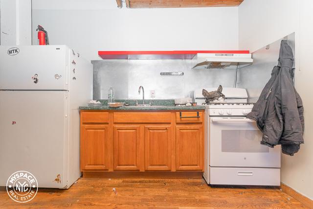 3 Bedrooms, Bushwick Rental in NYC for $3,999 - Photo 2