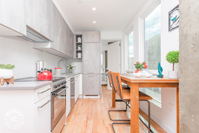 2 Bedrooms, Wingate Rental in NYC for $2,446 - Photo 2