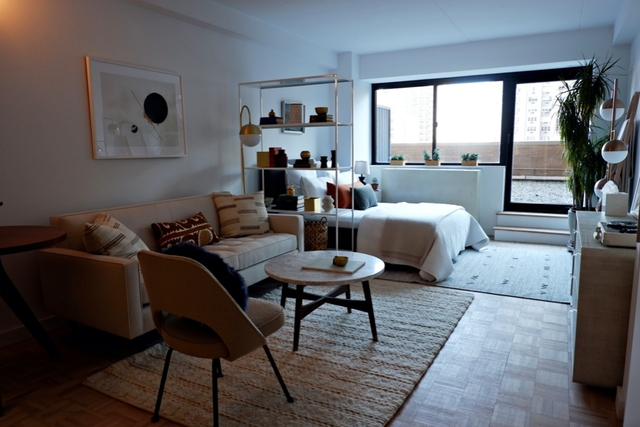 Studio, Yorkville Rental in NYC for $3,462 - Photo 1