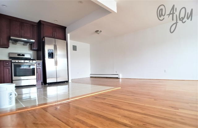 3 Bedrooms, Flushing Rental in NYC for $2,450 - Photo 1
