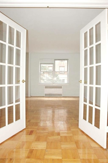 3 Bedrooms, Carnegie Hill Rental in NYC for $7,695 - Photo 2