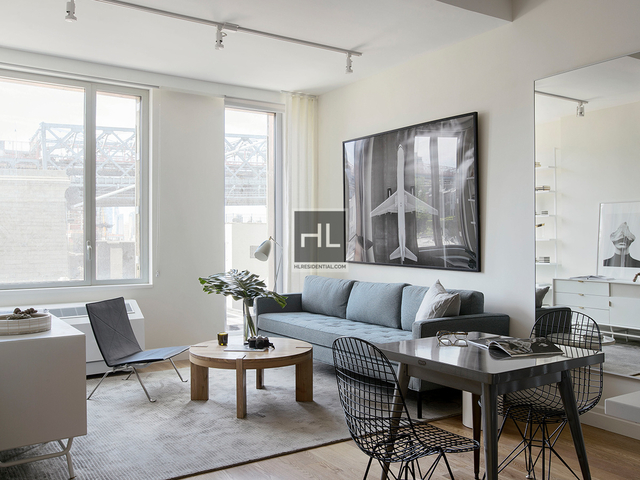1 Bedroom, Williamsburg Rental in NYC for $4,167 - Photo 2