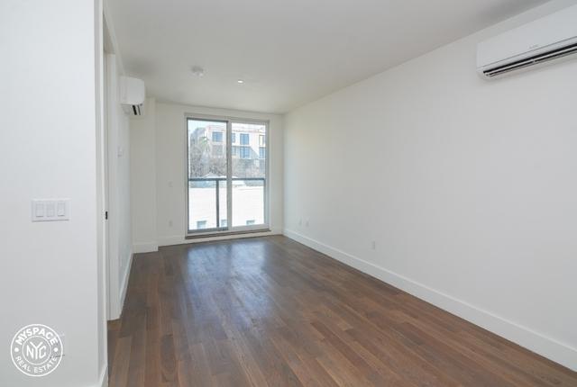 2 Bedrooms, Kensington Rental in NYC for $2,399 - Photo 2