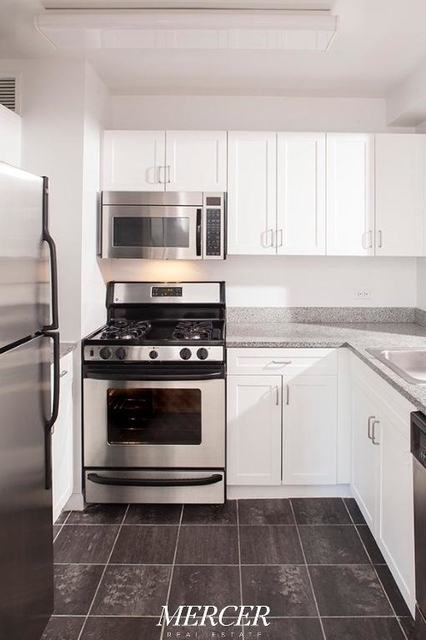 Studio, Civic Center Rental in NYC for $3,100 - Photo 1