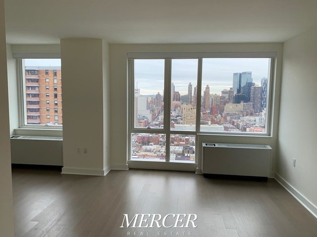 Studio, Hell's Kitchen Rental in NYC for $3,298 - Photo 1