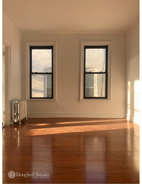 4 Bedrooms, Jackson Heights Rental in NYC for $3,500 - Photo 1
