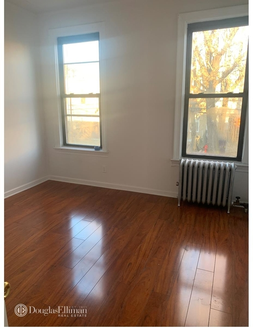 4 Bedrooms, Jackson Heights Rental in NYC for $3,500 - Photo 2