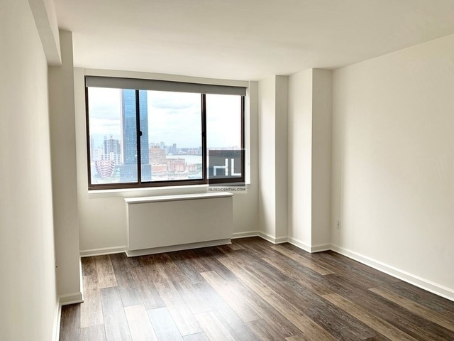 2 Bedrooms, Hell's Kitchen Rental in NYC for $4,930 - Photo 1