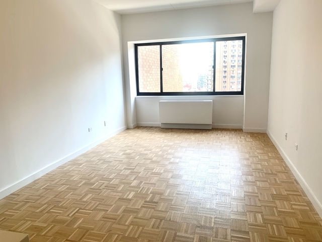 1 Bedroom, Yorkville Rental in NYC for $4,330 - Photo 1