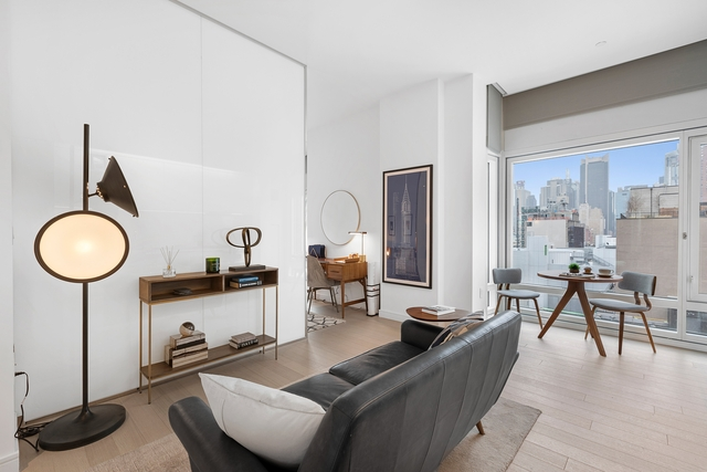 Studio, Hell's Kitchen Rental in NYC for $3,135 - Photo 1