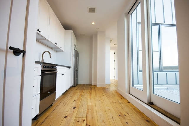 2 Bedrooms, Williamsburg Rental in NYC for $4,209 - Photo 1