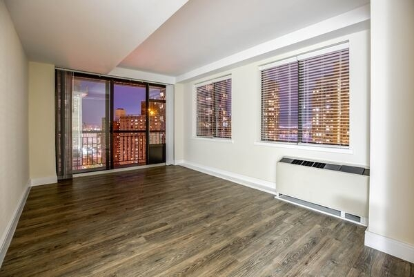 1 Bedroom, Yorkville Rental in NYC for $4,135 - Photo 1