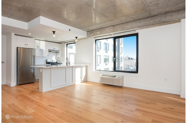 2 Bedrooms, East Williamsburg Rental in NYC for $5,115 - Photo 2