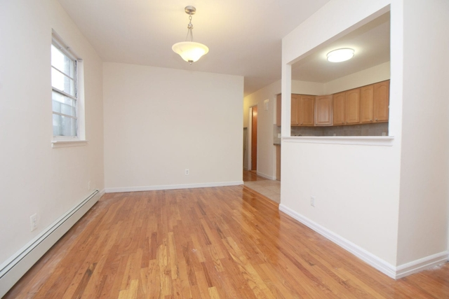 3 Bedrooms, Astoria Rental in NYC for $2,700 - Photo 2
