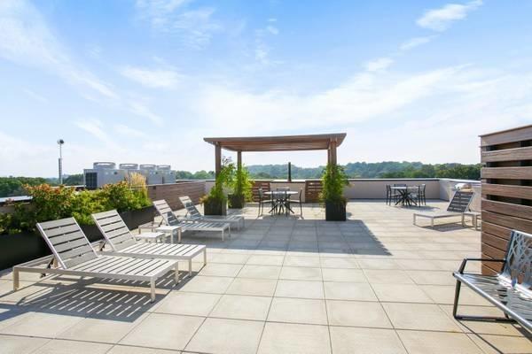 1 Bedroom, Prospect Lefferts Gardens Rental in NYC for $2,000 - Photo 2