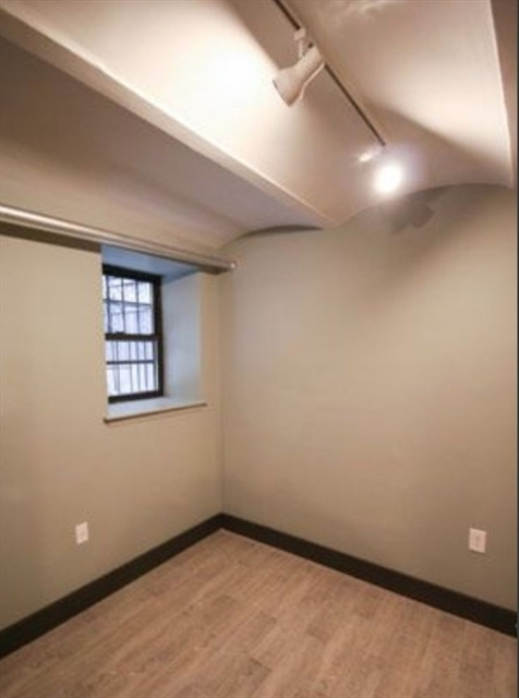 1 Bedroom, Alphabet City Rental in NYC for $2,385 - Photo 1