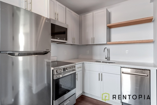3 Bedrooms, East Williamsburg Rental in NYC for $3,170 - Photo 1