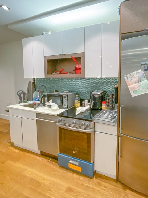 4 Bedrooms, East Williamsburg Rental in NYC for $5,199 - Photo 2