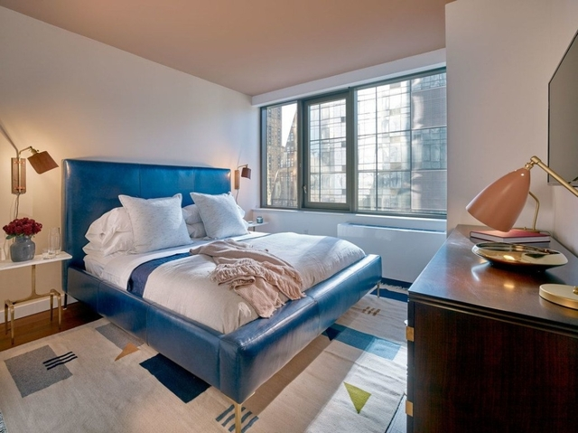 2 Bedrooms, Chelsea Rental in NYC for $6,281 - Photo 1