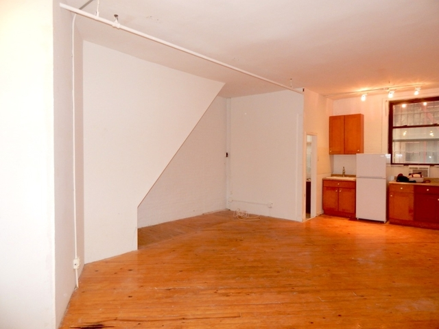 3 Bedrooms, Rose Hill Rental in NYC for $4,300 - Photo 2