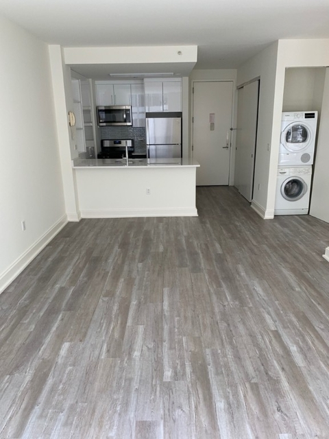 Studio, Financial District Rental in NYC for $3,227 - Photo 2