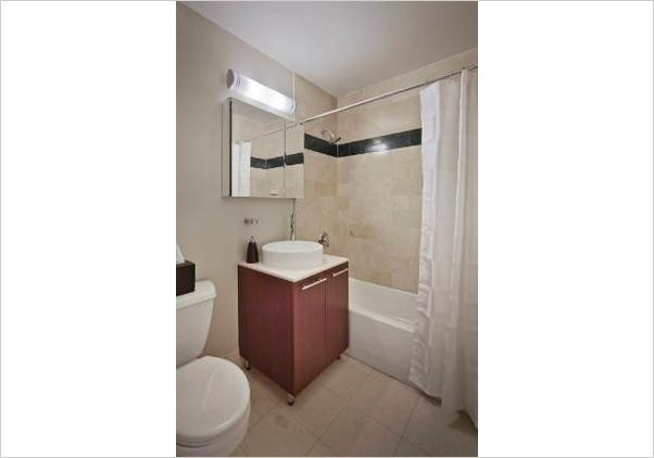 1 Bedroom, Financial District Rental in NYC for $5,350 - Photo 2