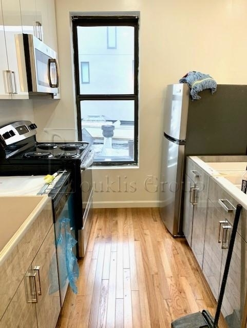 2 Bedrooms, Upper West Side Rental in NYC for $4,999 - Photo 2