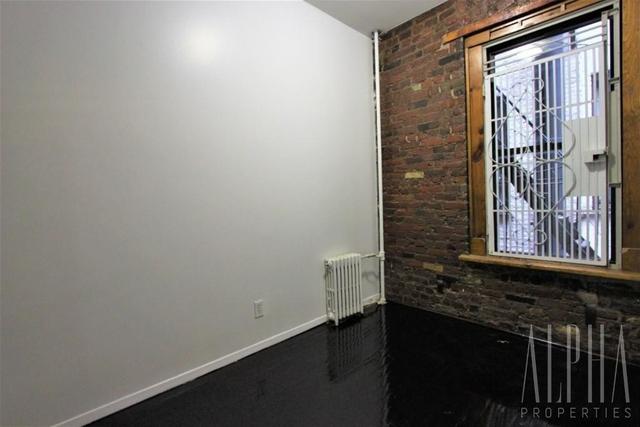 2 Bedrooms, NoLita Rental in NYC for $3,050 - Photo 2