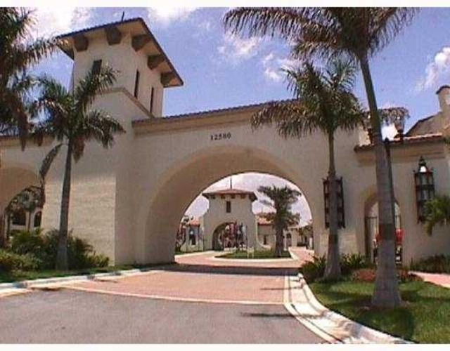 3 Bedrooms, Sawgrass Lakes Rental in Miami, FL for $2,550 - Photo 1