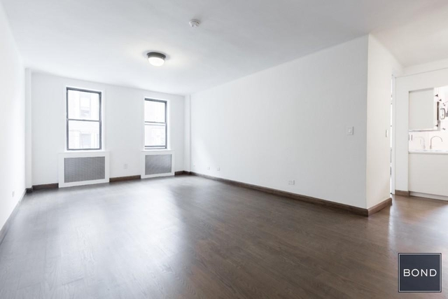 1 Bedroom, Hell's Kitchen Rental in NYC for $4,000 - Photo 2