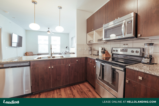 1 Bedroom, Hell's Kitchen Rental in NYC for $5,405 - Photo 1