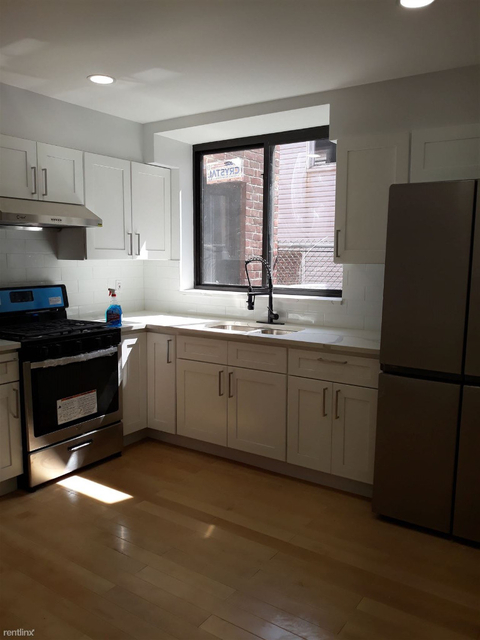 3 Bedrooms, Kensington Rental in NYC for $2,650 - Photo 1