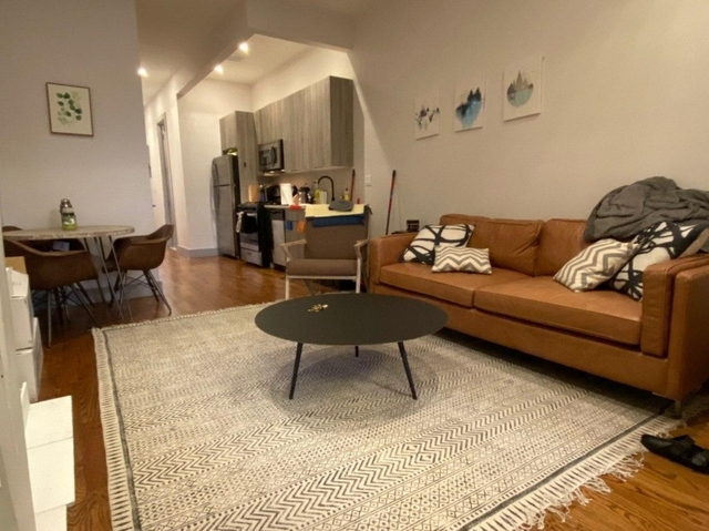 3 Bedrooms, Bedford-Stuyvesant Rental in NYC for $925 - Photo 2