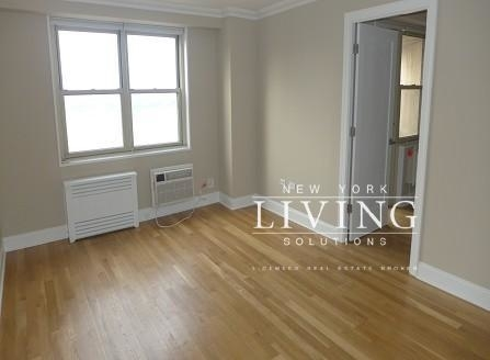 2 Bedrooms, Tribeca Rental in NYC for $5,290 - Photo 2